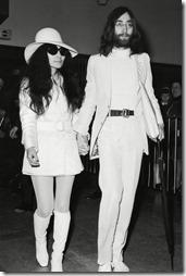 Yoko-Ono-60s-Fashion