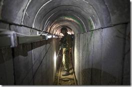tunnelBN-DW866_0729tu_GR_20140729175937