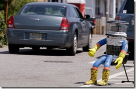 hitchbot_hitchhiking