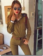 Hottest-Israeli-Soldier-Ever-16