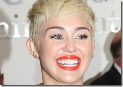 Miley-Cyrus-is-a-terrifying-ghoul