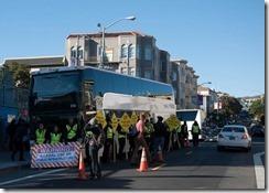 google_bus_protest.jpg.CROP.promo-mediumlarge