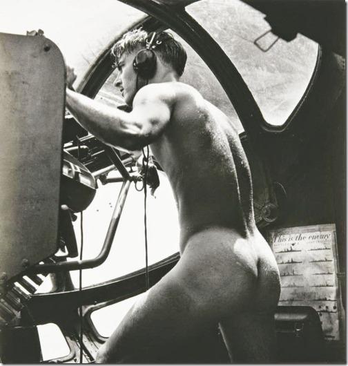 nakedgunner_rabaul1944