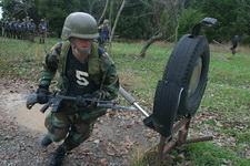 0928-army-bayonet-training_full_380.jpg