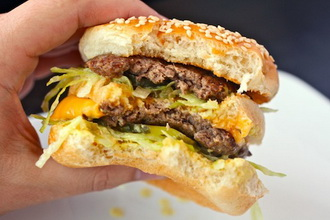 20110512-big-mac-burger-lab-18.jpg