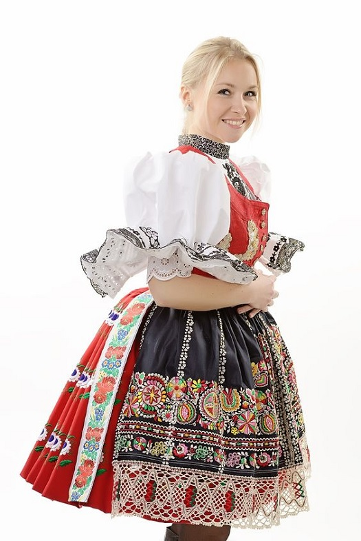 20190525 dress pr0n czechia.jpg