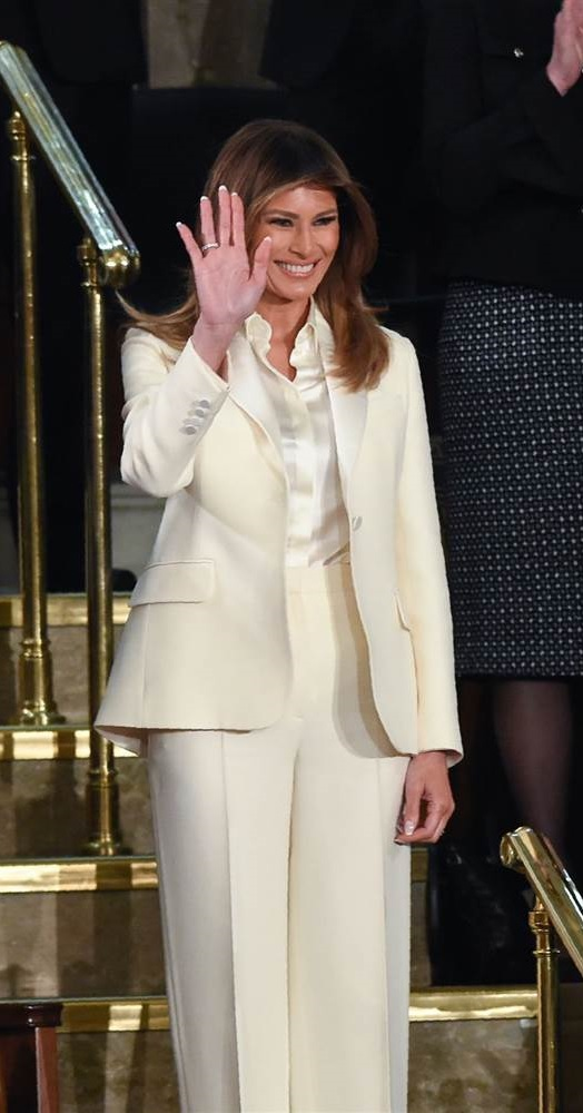 20190525 dress pr0n melania.jpg