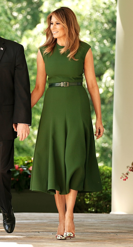 20190824 dress pr0n melania.jpg