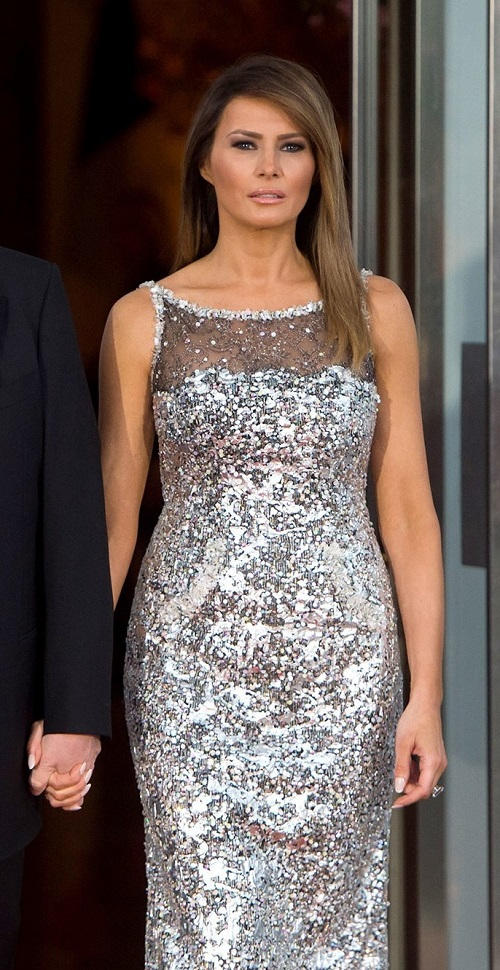 20191130 dress pr0n melania 02.jpg