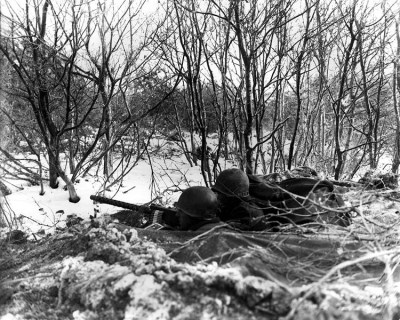 750px-45th_Division_roadblock,_Battle_of_the_Bulge.jpg