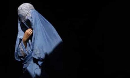 A-burqa-clad-Afgha.jpg