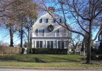 Amityville_house-1.jpg