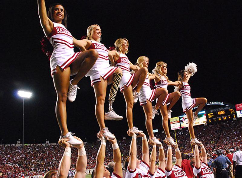 Arkansas-cheerleader-Patience-Beard.jpg