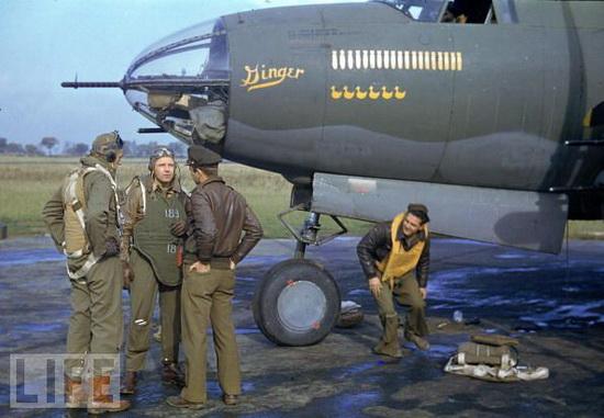 B26_crew_1944.jpg