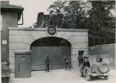 Dachau Main Gate.jpg