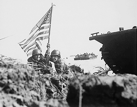 First_flag_on_Guam_-_1944 (440x343).jpg