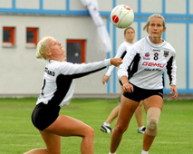 Fistball-465x372.jpg