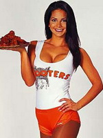 Hooters-060211-m.jpg
