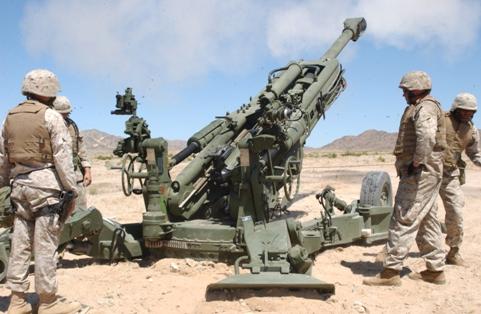 M777_howitzer_rear.jpg