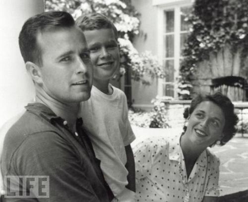 Young_GWBush_1955.jpg