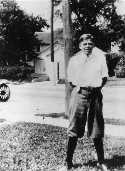 Young_Reagan_12yo_1923.jpg