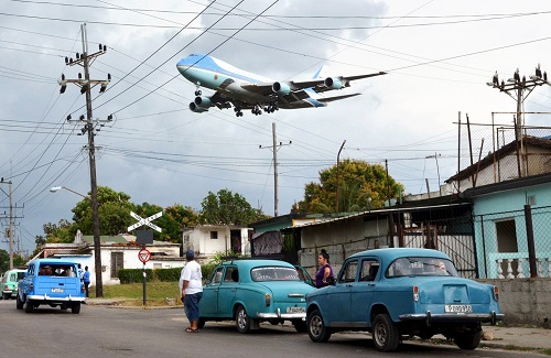 airforce1inhavana_sm.jpg