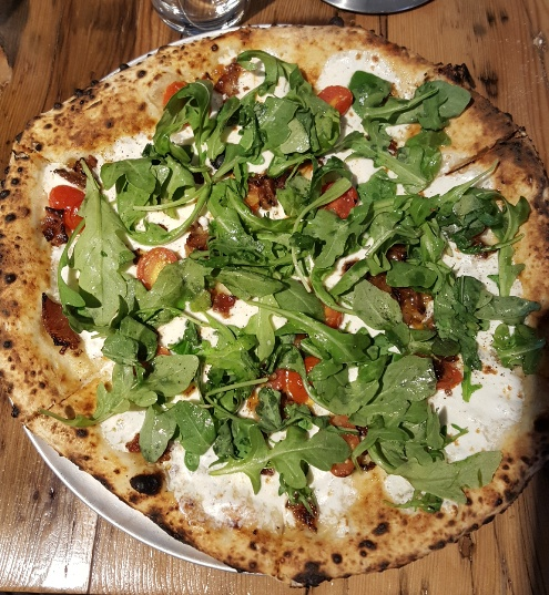arugula pizza.jpg