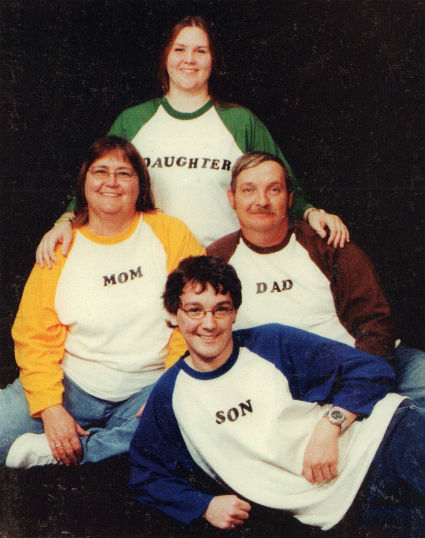 awkward-family-portrait-12.jpg