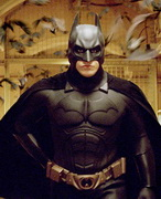 batman_begins_big_051018100848275_wideweb__300x371,1.jpg