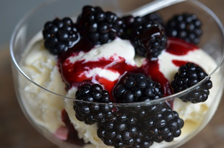 blackberry ice cream.jpg