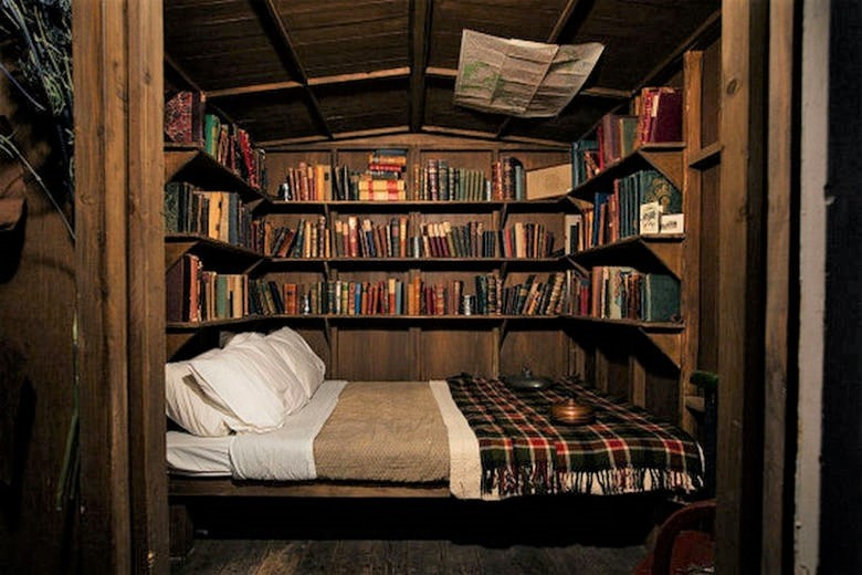 book bed 2-light.jpg