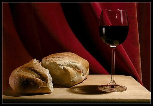 bread and wine 07.jpg
