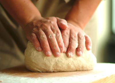 breadknead.jpg