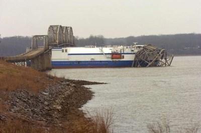 bridgewreck.jpg