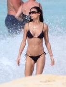 demi_moore_bikini_1-450x637.jpg