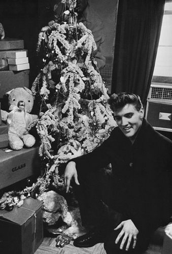 elvis_xmas.jpg