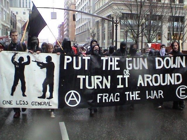 frag_the_war.jpg
