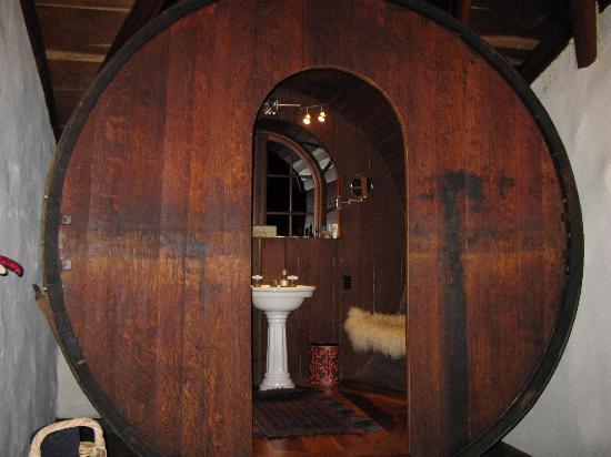 giant-wine-barrel-bathroom.jpg