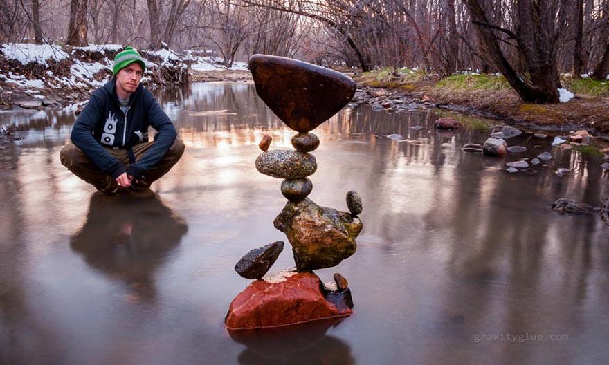 gravity-stone-balancing-michael-grab-1.jpg