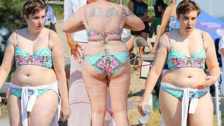 lena-dunham-flaunts-bikini-body-charity-pp-2.jpg