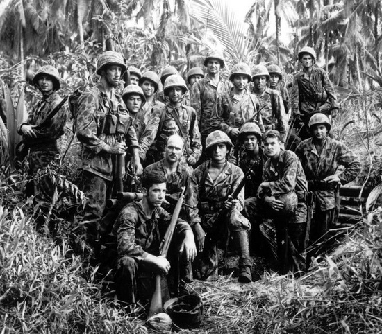 marine_raiders_bougainville_Jan_1944.jpg