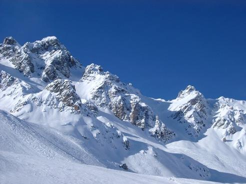 mountains_snow2000.jpg