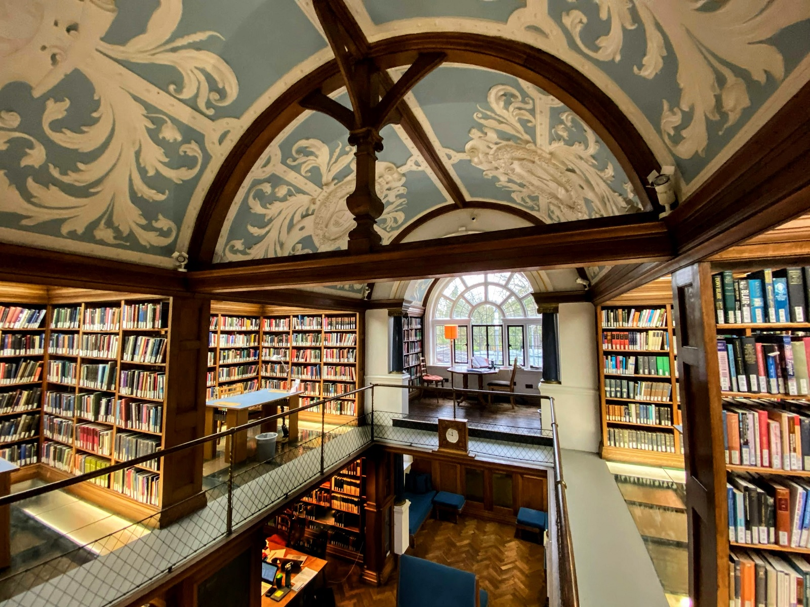 newnham college library cambridge u 01.jpg
