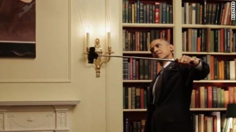 obamaselfiestick.jpg