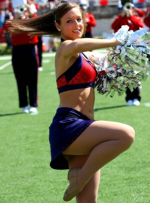 ole-miss-cheerleader17_display_image.jpg