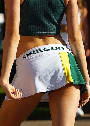 oregon-ducks-cheerleaders-30.jpg