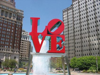 philadelphia-love-statue.jpg