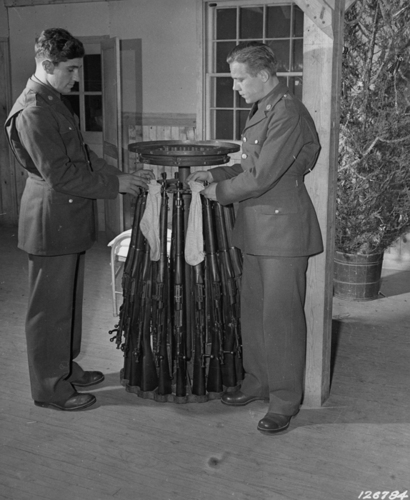 rifles_stockings_christmas_1941.jpg