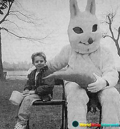 strange-easter-bunny-.jpg