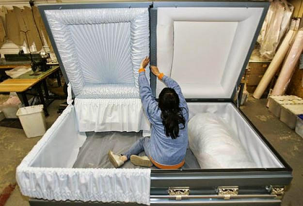 super-sized-coffins.jpg